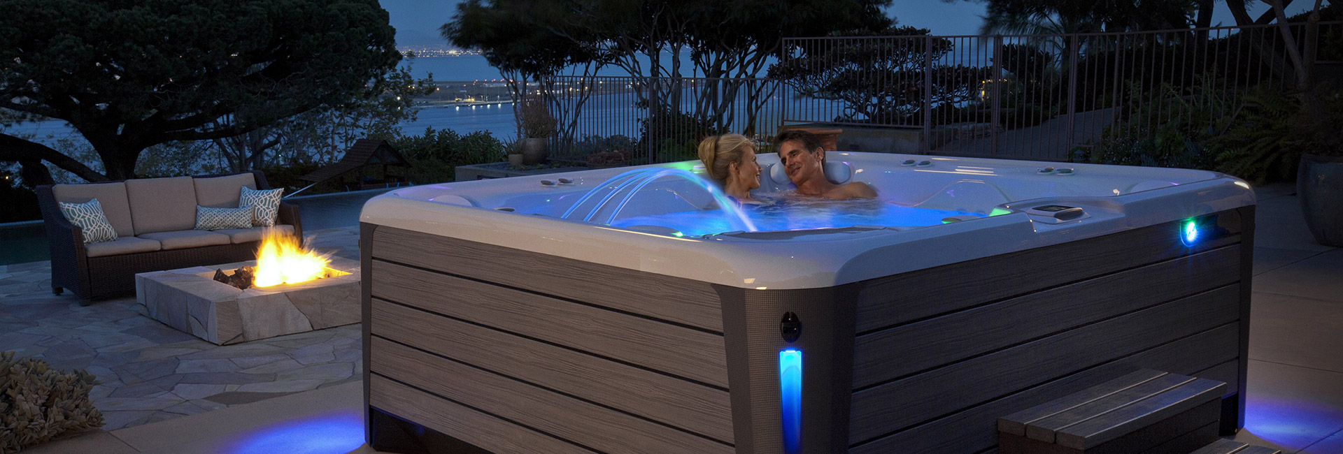 Hot Spring linea highlife NXT vasca idromassaggio